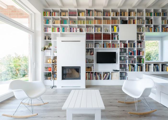Casa_caramida_biblioteca_17_metri4