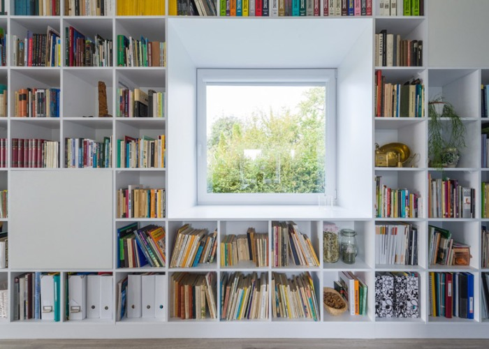 Casa_caramida_biblioteca_17_metri6
